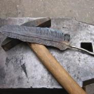 Piuma in ferro battuto